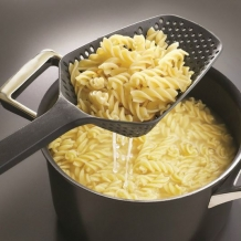 Restant - Pasta scooper 2-in-1 schep en vergiet in 1 -